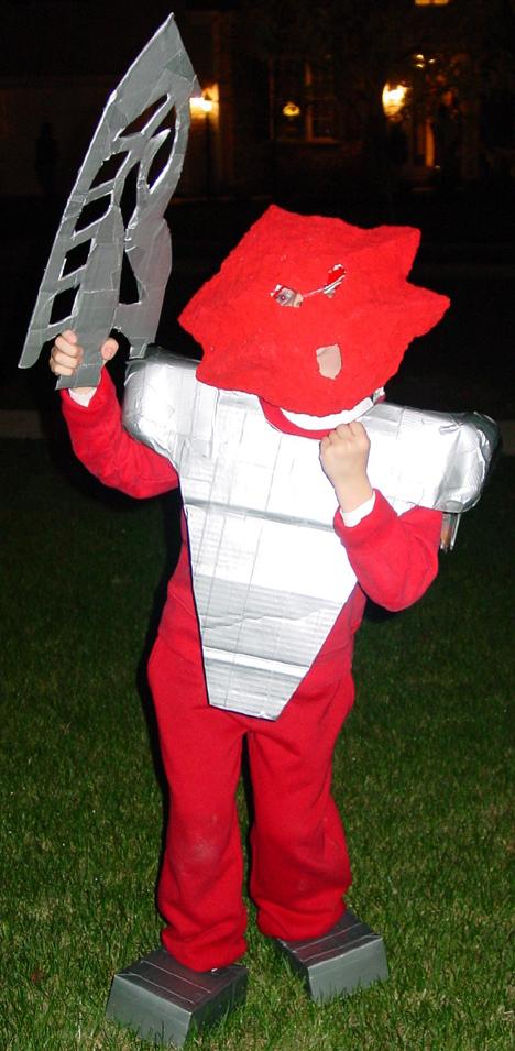 TAHU NUVA Costume