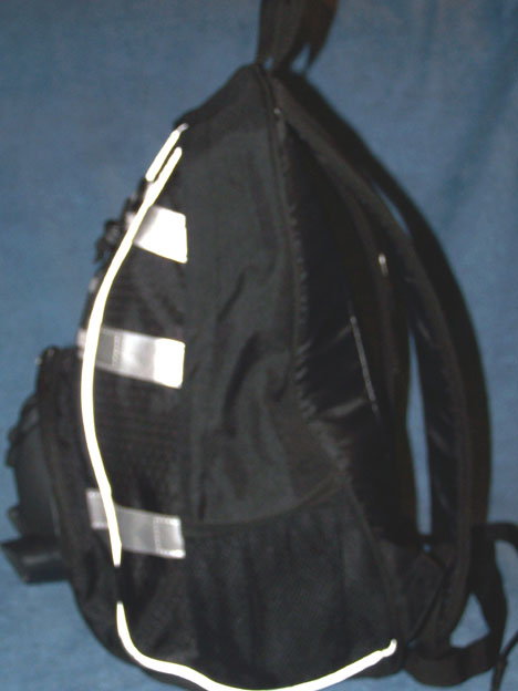 WHENUA Backpack Right